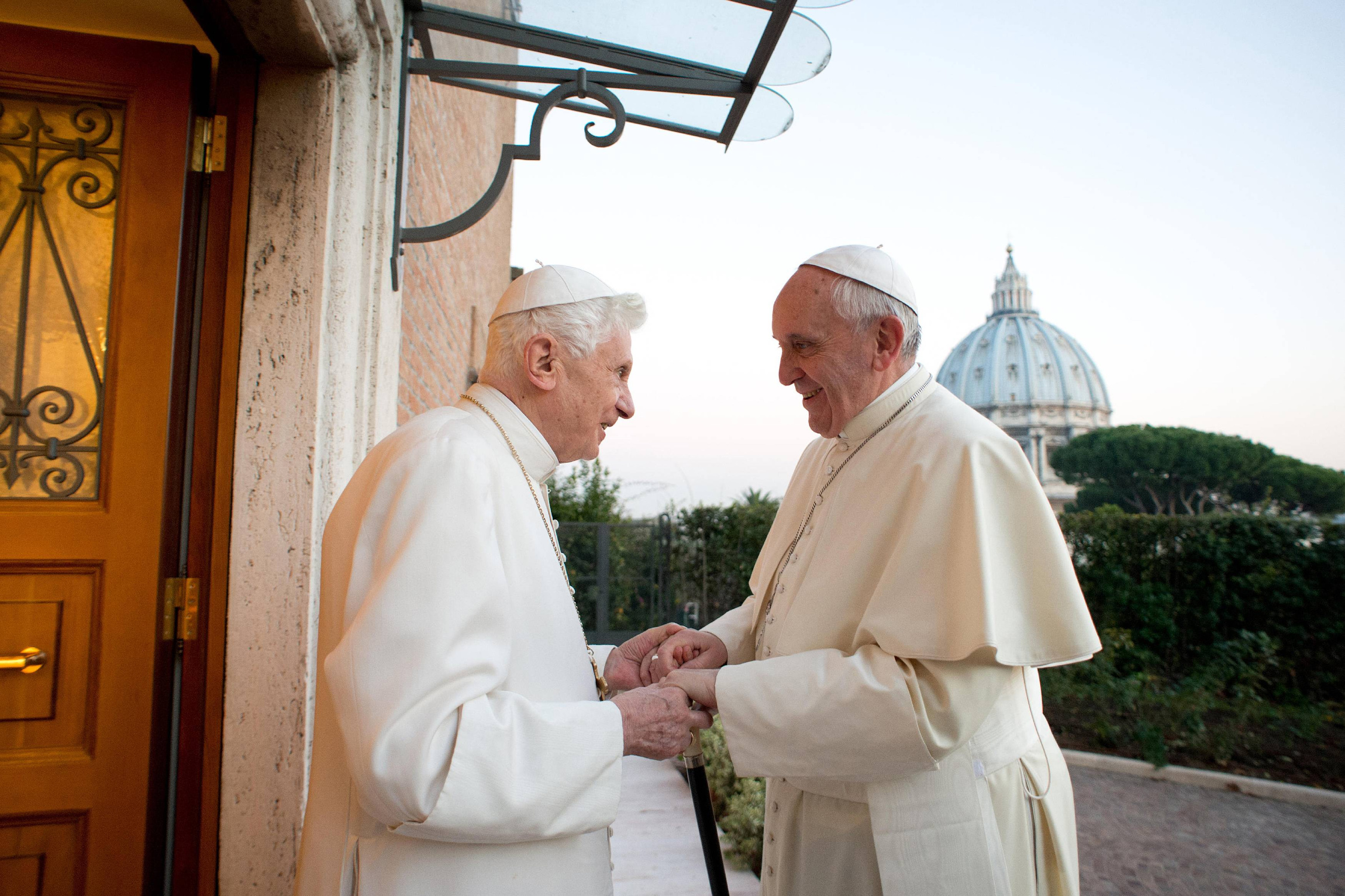 BLOG - DEACON GREG Retired Pope Benedict XVI greets Pope Francis at Mater Ecclesiae monastery at Vatican