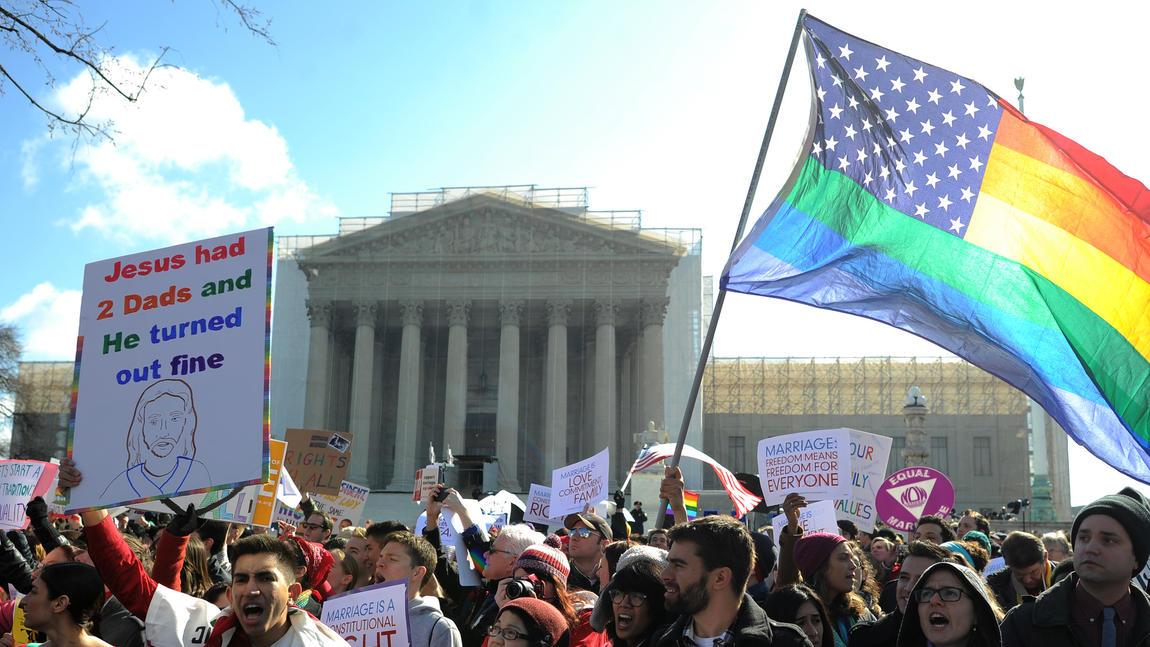 la-ol-gay-marriage-scotus-battle-of-the-signs--009