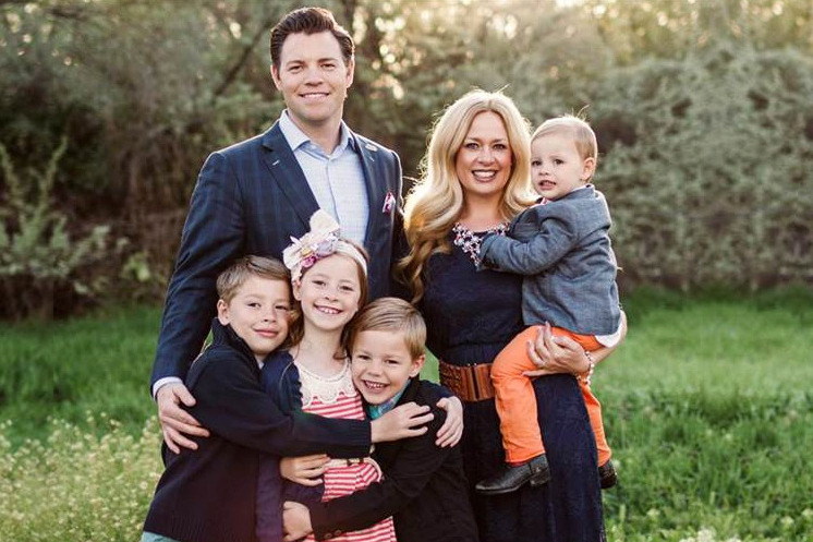 WEB-JASON-HEWITT-FAMILY--Jason-Hewitt-Promo