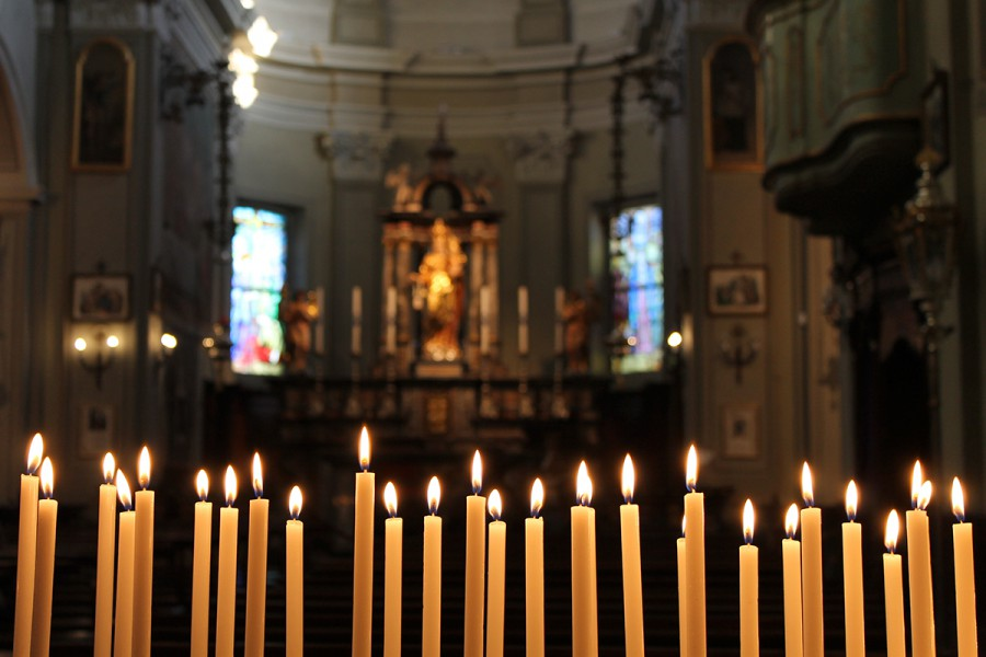 WEB-CANDLEMAS-CANDLES-CHURCH-Alessio-Williams-Pastucci-CC