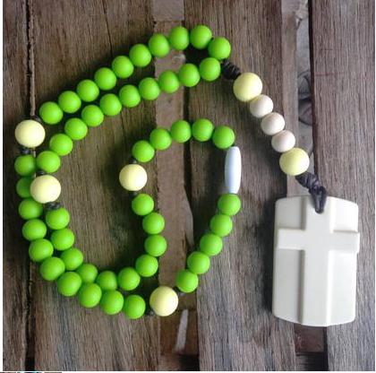 chews life rosary green
