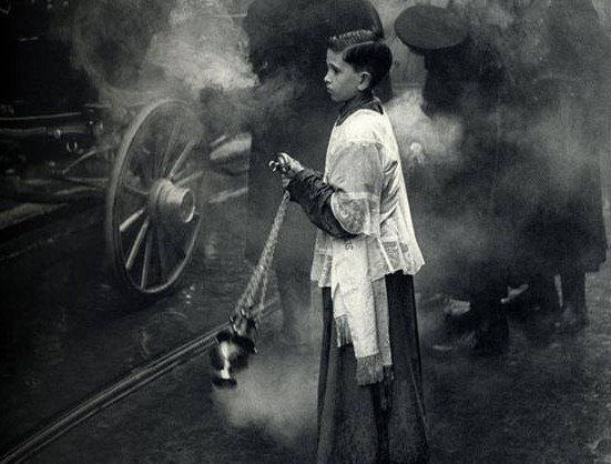 altar-boy-incense-street-cropped
