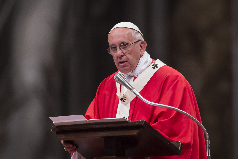 Pope Francis Pallium St peter's Basilica