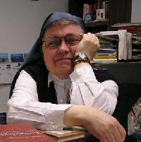 web-nuns-sister-lea-twitter