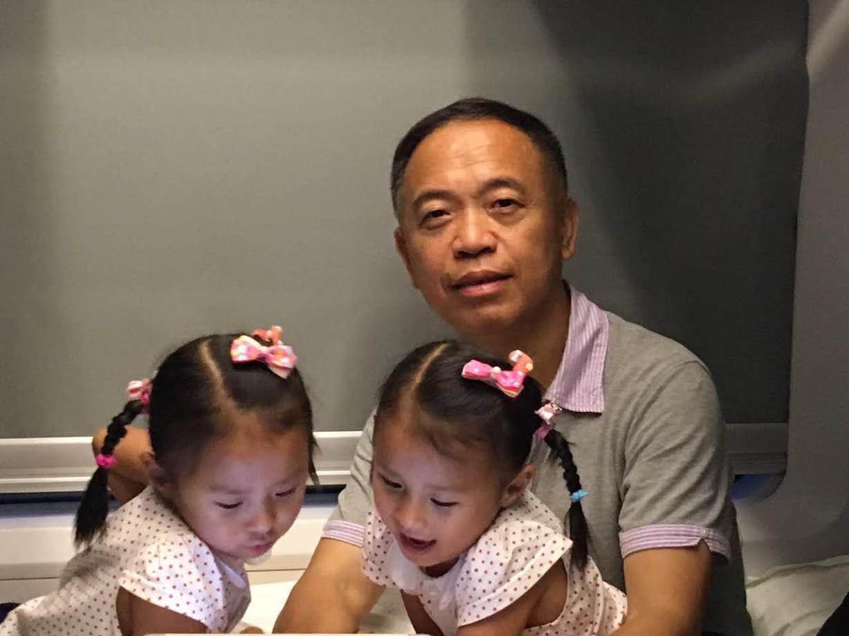 father-with-twins