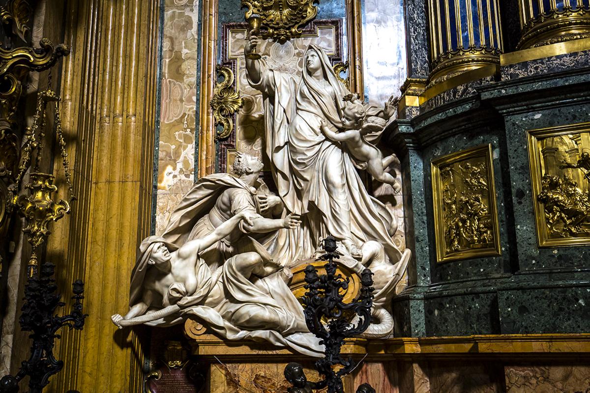 web-gesu-rome-church-005-photogolfer-shutterstock_302551550