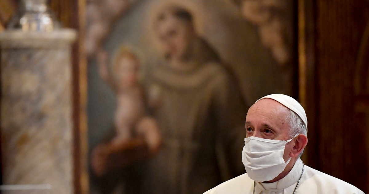 With other religious leaders, Pope reflects on those who taunted Jesus: Save yourself
